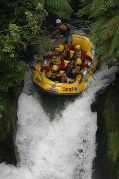 Visit West Virginia's ultimate whitewater rafting and adventure vacation destination! ACE Adventure Resort offers acres of fun in the New River Gorge. Writing Pictures, Picture Writing Prompts, The Places Youll Go, Places To See, Sensory Details, Sports Nautiques, Water Sports, Whitewater Rafting, Extreme Sports