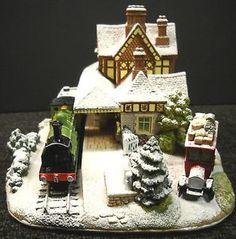 Lilliput-Lane-Bluebell-Line-Illuminated-Snow-Cottage-2004-NIB-Deeds-L2794