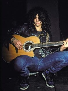 [INSPO] Who knew Slash from Guns n Roses was a sneakerhead? Latest for today. Guns N Roses, Slash Quotes, Saul Hudson, Rock Poster, Best Guitarist, Welcome To The Jungle, Axl Rose, Duff Mckagan, Rock Legends