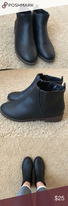 ‼️NEVER WORN BLACK ANKLE BOOTIES‼️ These ankle booties have never been worn despite not having the tags for them! They are super comfy and have wooden bottoms that add a unique touch. They have zippers for easy on/off! Not a scratch on them!!! Charlotte Russe Shoes Ankle Boots & Booties