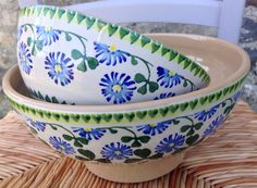 Clover bowls from Nicholas Mosse Pottery