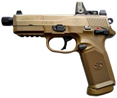 "This FNP-45 Tactical has a laser pointer, reflex sight and a ""long barrel,"" which uses futuristic technology to be completely invisible. Description from imfdb.org. I searched for this on bing.com/images"