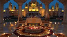 TripAdvisor's users have rated the Umaid Bhawan Palace in Jodhpur, India, the best hotel in the world. Jodhpur, Amritsar, Agra, Rajasthan Inde, Udaipur India, Umaid Bhawan Palace, Taj Mahal, Con Dao, Exotic Wedding