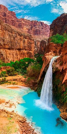 The breathtaking Havasu Falls #Arizona #TravelDestinationsUsaFamilyVacations