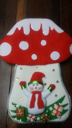 Christmas Stocking Kits, Felt Christmas Stockings, Christmas Fun, Paper Quilling, Diy And Crafts, Presents, Holiday Decor, Christmas Projects, Christmas Crafts