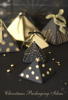 Emballage cadeau en pyramide, Christmas Packaging Ideas via Cafe noHut