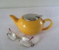 Yellow Tea Pot Vintage 2 Cup with Chrome Lid by HobbitHouse