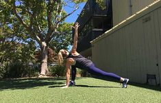 Start at the top of a push-up with your hands shoulder-distance apart and your feet hip-distance apart. press through your palms as you shift your hips back Sport Inspiration, Fitness Inspiration, Workout Inspiration, Standing Split, Muscular Strength, Downward Dog, Leg Lifts, Sport Body, Running Women