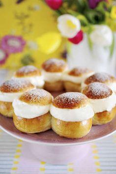 No Bake Desserts, Dessert Recipes, Grandma Cookies, Champagne Brunch, Semlor, Coffee Cake, No Bake Cake, Food Inspiration, Tart