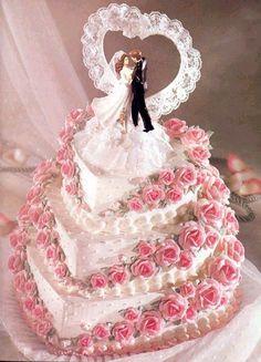 ... cérémonie, des individus disparaissent avec le gâteau de mariage Accessoires pour réussir votre mariage sur http://yesidomariage.com