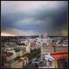 La pluie arrive sur Boulogne par @bobostudio