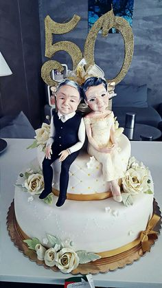 Love and Marriage happens at any age 😍😘🌹💕💞💖❤️🎂💐💖 50th Wedding Anniversary Decorations, 50th Wedding Anniversary Cakes, Golden Anniversary, Cake Templates, Cake Pricing, Crazy Cakes, Cake Decorating Techniques, Beautiful Wedding Cakes, Cake Creations