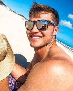 Oakley Sunglasses, Mens Sunglasses, Toe, Beautiful, Instagram, Fashion, Moda, Man Sunglasses, Fashion Styles