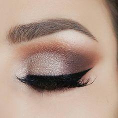 "272 Me gusta, 10 comentarios - @pamela_xoreg en Instagram: ""Hello loves. New look 👀 Deets: Eyes Master Palette by Mario @anastasiabeverlyhills @makeupbymario…"""