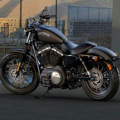 Harley Davidson 883 IRON,