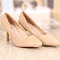 Poze Pantofi Stiletto Hugoo Bej Cod: 741
