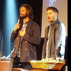 Jared and Jensen Jibcon7
