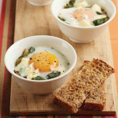 This is a quick, yet interesting way to serves eggs for breakfast or brunch. You can prepare the veggie filling or use left-over veggies. Heart Foundation Diet, Egg Cups, Salad Ingredients, Light Recipes, Serving Size, Recipe Using, Brunch, Veggies, Cooking Recipes