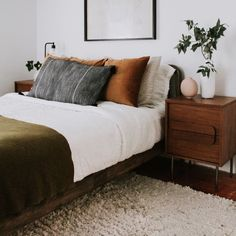 Home Decor Habitacion .Home Decor Habitacion Home Decor Styles, Home Decor Accessories, Cheap Home Decor, Home Decoration, Earthy Bedroom, Olive Bedroom, Bedroom Romantic, Bedroom Minimalist, Ideas Hogar