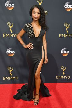 Zuri Hall fabulous #OTRC Emmys / Television Academy #Emmys #Emmy #Emmy2016  wearing a Hamel dress #styling #beauty