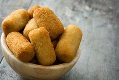 Domácí bramborové krokety – COOP Club Cornbread, Dumplings, Pretzel Bites, Potatoes, Vegetables, Ethnic Recipes, Pizza, Gastronomia, Salmon Cakes