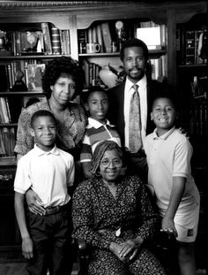 The Carson Family. Heal, Inspire, Revive. Dr. Ben Carson for President 2016. Candy Carson, Afro, Dr Ben, Ben Carson, Running For President, Christian Parenting, God Bless America, American History, Trump American