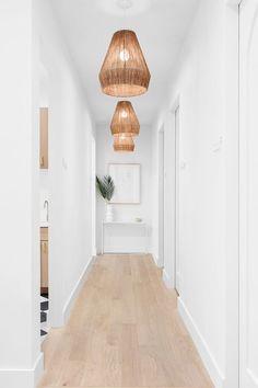modern hallway—Facile