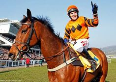 Thistlecrack and Tom Scudamore.