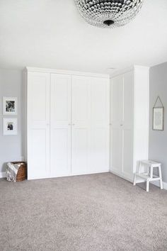 This super helpful post talks about IKEA& 3 best storage systems-- ALGOT, B. This super helpful post talks about IKEA& 3 best storage systems-- ALGOT, BESTA, and PAX-- and gives great ideas for using them in your home! Diy Wardrobe, Ikea Wardrobe Hack, Ikea Algot, Wardrobe Systems, Build A Closet, Ikea Bedroom Storage, Ikea Pax, Ikea Bedroom, Ikea Pax Wardrobe