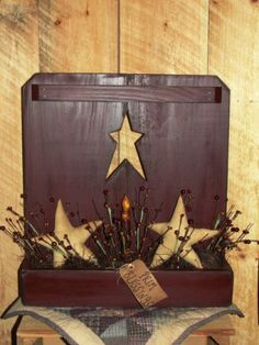 Primitive Star Cutout Box / Decorated Berries and Light