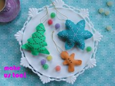 easy crafty ornaments...would also be cute strung on a garland across a mantle or window