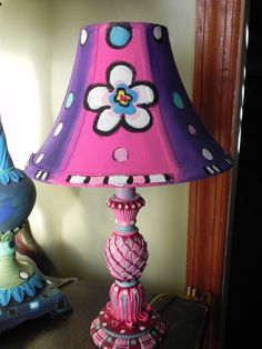I used acrylic paints to give this little lamp a makeover!