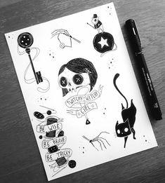 Top left key for Coraline. Kunst Tattoos, Tattoo Drawings, Body Art Tattoos, Art Drawings, Coraline Tattoo, Coraline Drawing, Tim Burton Kunst, Tim Burton Art, Tattoo Geek