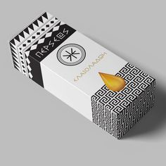 Modern and Minimalistic Design for Olive Oil Packaging / World Brand & Packaging Design Society