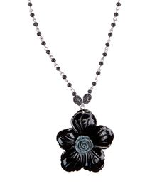 Hibirose Rosario Necklacecloseup