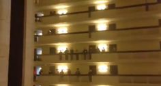 1,000 Students Serenade Hotel Guests With 'Star-Spangled Banner' (VIDEO)beautiful