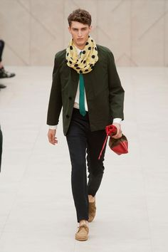 Burberry Prorsum Spring / Summer 2014 men's. I love this outfit, except for the tie. Would look a lot better with yellow tie.