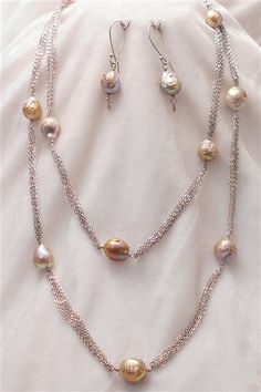 United States Pearl Fireball pearl set