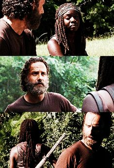 Rick and Michonne Walking Dead Show, Walking Dead Series, Fear The Walking Dead, Rick And Michonne, Rick Grimes, Tv Couples, Stuff And Thangs, Andrew Lincoln, All Family