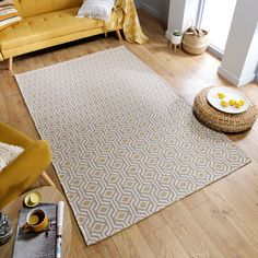 Add a contemporary element to your home decor with this stunning Cotone Bombax Rug, a foldable flat-weave rug that has been crafted in Cotton blend yarns for a beautiful appearance and durability, making it perfect for high traffic areas in your home. Elegant in its simplicity, this minimalistic rug has been crafted with natural fibres and features a gorgeous geometric design that suits a variety of home decors. Place this rug under furniture or in the middle of your living space for a… Modern Color Palette, Modern Colors, Contemporary Rugs, Modern Rugs, Modern Living, Lounge Rug, Minimalist Rugs, Medium Rugs, Geometric Rug