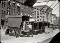 (c. 1917) A Victrola talking machine on the delivery wagon at the Woodward & Lothrop department store - Washington, D.C.