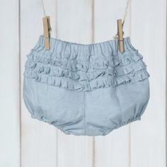 bloomers azul claro via Ma Petite Princesse. Click on the image to see more!