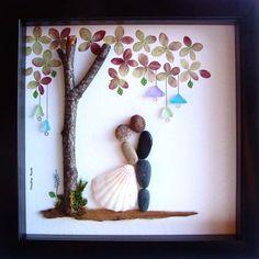Einzigartiges Hochzeitsgeschenk, Hochzeit Geschenk kieselstein Kunst, einzigartiges Engagement Geschenk personalisiert paar Geschenk, Braut und Bräutigam Geschenk, Hochzeitsgeschenk, des Paares Geschenk Liebe Geschenke, Kiesel Art zu feiern und schätzen den besonderen Anlass; ein außergewöhnliches Geschenk, die für viele Jahre geschätzt werden wird. ✿ Original Kiesel-Art mit einem Sinn für Romantik, Geheimnis und Magie. ✿ Kommt in 8 x 8 Zoll schwarz Shadow-Box-Stil-Rahmen, etwa 1,5 Zoll…