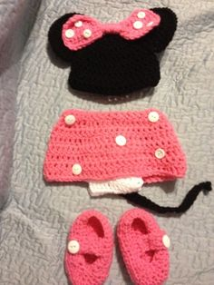 Murfreesboro Mamas: BareNaked Babies Crochet minnie mouse outfit