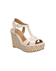 http://www.jdwilliams.co.uk/shop/clarks-amelia-roma-standard-fit/lk956/product/details/show.action?pdBoUid=3601