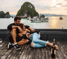 The perfect itinerary for 10 days in Vietnam and want to visit Hanoi and Ha Long Bay but also go off the beaten path too and head north to Cao Bang. Cute Relationship Goals, Cute Relationships, Cute Couples Goals, Couple Goals, Couple Photography, Photography Poses, Travel Photography, Ha Long Bay, Photo Couple