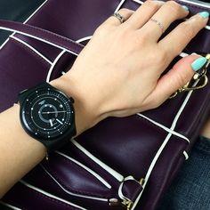 #Swatch SISTEM BLACK ©steph.kim