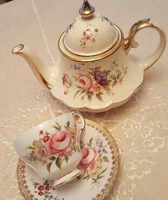 TEA CUP SAUCER AND TEA POT SET WITH ROSES, TEA TIME
