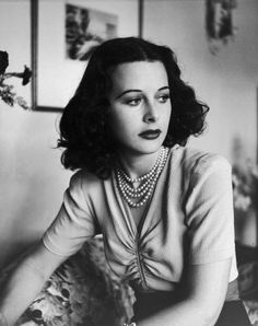 Hedy Lamarr, 1938  Photo by Alfred Eisenstaedt - LIFE