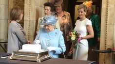 Vimeo: A short video of Queen Elizabeth struggling to cut a cake as the Princess Royal and Countess of Wessex talk with guests at the Women's Institute centenary annual general meeting at Royal Albert Hall, June 4, 2015